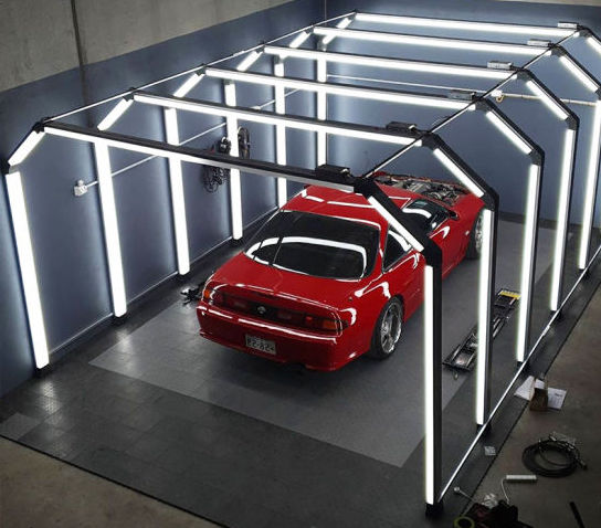 Picture of a detailer light tunnel