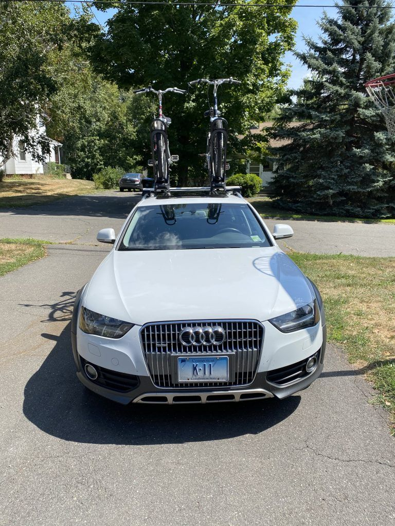 Bikes on the roof of a 2013 Audi Allroad