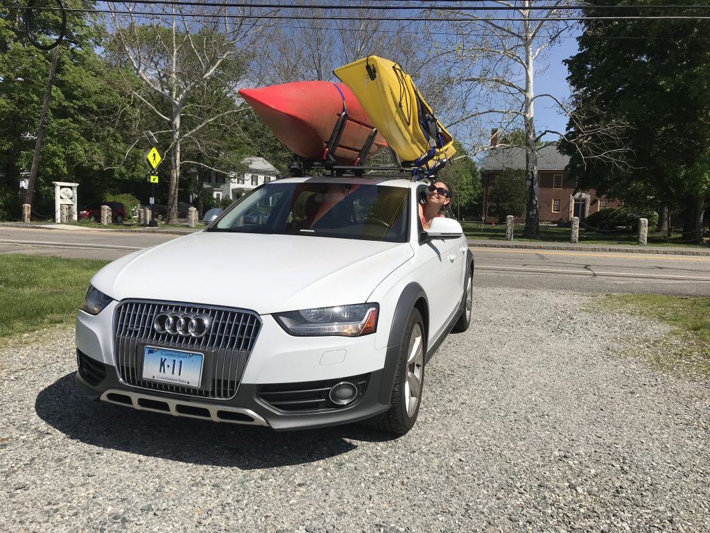 Photo of kayaks on the roof of a 2013 Audi Allroad